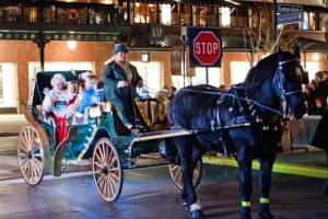 Cheap Gas Columbus Ohio >> Easton Town Center Holiday Carriage Rides