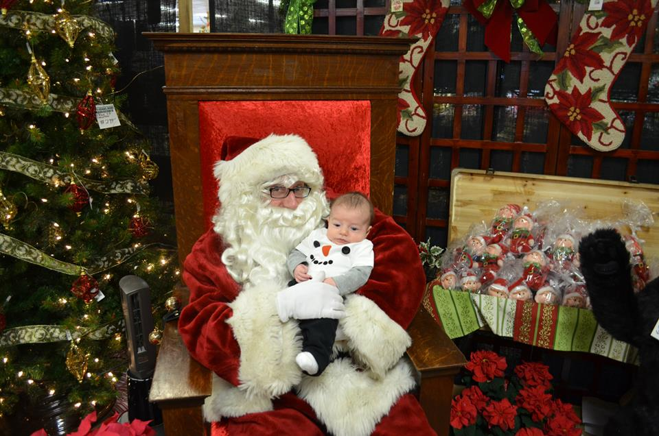 Photos with Santa around Columbus 9d4dc995fce3