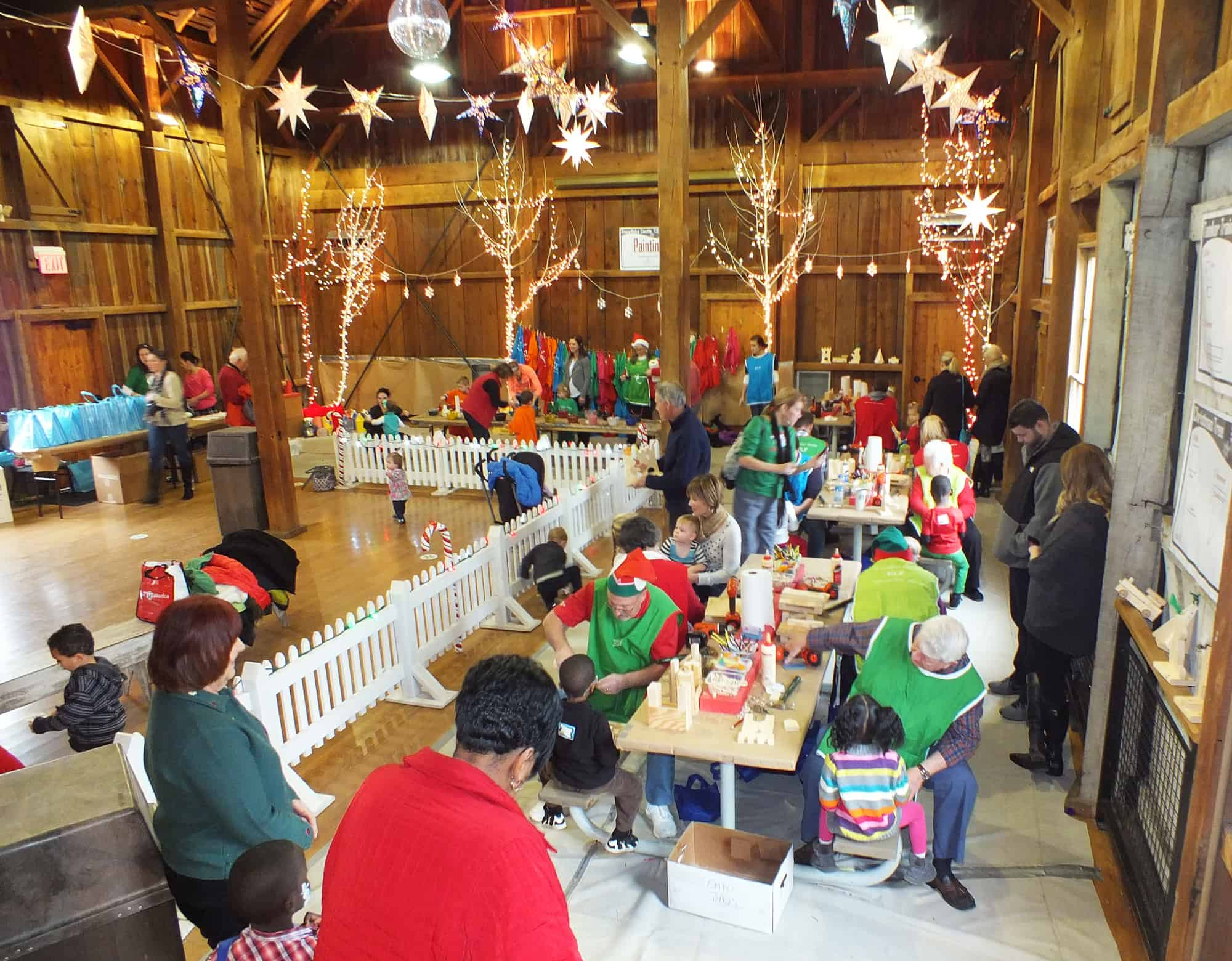 Snowflake Castle: Toys and Photos with Santa and the Elves