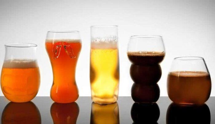 drinks glasses bar tasting