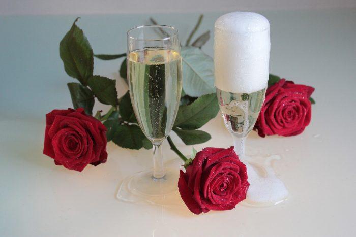 champagne valentine date
