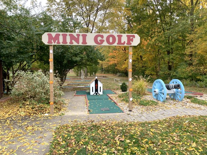 mini golf Olentangy Indian Caverns